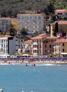 Piccolo Hotel - Diano Marina