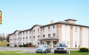 Super 8 by Wyndham Johnstown, Отели  Johnstown - big - 8
