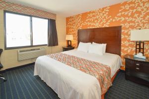 Corona Hotel New York - LaGuardia Airport - Queens