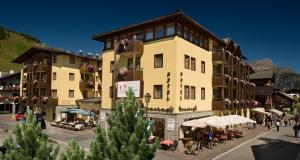 Hotel Touring - AbcAlberghi.com