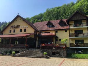Hostels und Jugendherbergen - Pensiunea Mirani