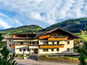 Garni Appartement Alpenresidence - Apartment - Cadipietra / Steinhaus