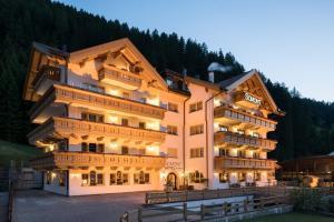 Hotel Somont - AbcAlberghi.com