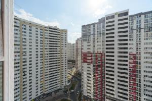 Smart Apartments Drahomanova, Apartments  Kiev - big - 15