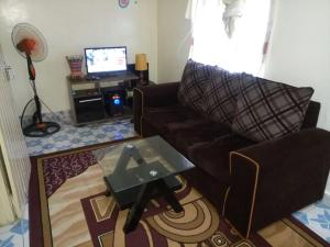 . Small Paradise Furnished Apartment