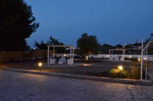 Torrelama Room Breakfast, Guest houses  Trani - big - 37