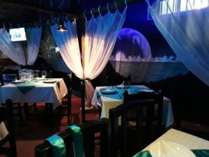 Hotel & Restaurante Español Luz de Luna Boca Chica
