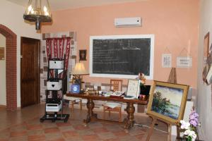 B&B Torre Di Cicala, Bed and Breakfasts  Partinico - big - 44