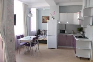 Apartment on Yuzhnykh Kultur 10A