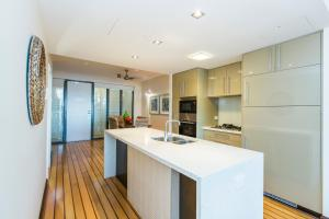 Boathouse Port of Airlie, Apartmány  Airlie Beach - big - 24
