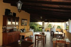 B&B Torre Di Cicala, Bed and Breakfasts  Partinico - big - 16