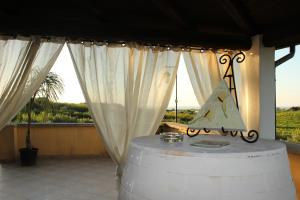 B&B Torre Di Cicala, Bed and Breakfasts  Partinico - big - 11