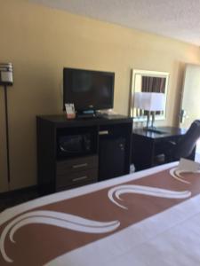 Quality Inn Troy, Hotel  Troy - big - 23
