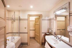 The Iron Gate Hotel & Suites (23 of 115)
