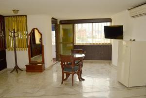Ribera del Rio Av 2da Norte, Apartmánové hotely  Cali - big - 53