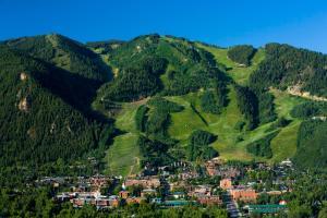 The Little Nell - Accommodation - Aspen