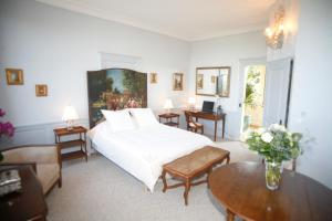 Chambres d'hotes Autour de la Rose, Bed and Breakfasts  Honfleur - big - 2