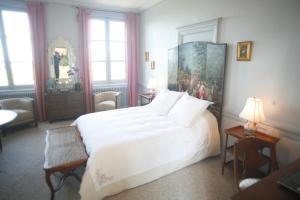 Chambres d'hotes Autour de la Rose, Bed and Breakfasts  Honfleur - big - 7