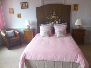 Chambres d'hotes Autour de la Rose, Bed and Breakfasts  Honfleur - big - 8