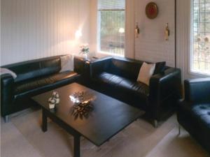 Three-Bedroom Holiday Home in Vaggerlose, Dovolenkové domy  Bøtø By - big - 3