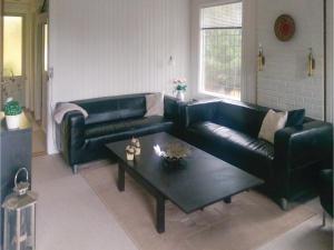 Three-Bedroom Holiday Home in Vaggerlose, Dovolenkové domy  Bøtø By - big - 5
