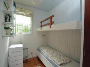 Three-Bedroom Holiday Home in Vaggerlose, Dovolenkové domy  Bøtø By - big - 9