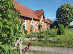 Apartment Bahnhofstr. 4-6 / K - Klein Rehberg