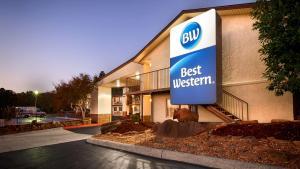 Best Western Hillside Inn - Accommodation - Clinton