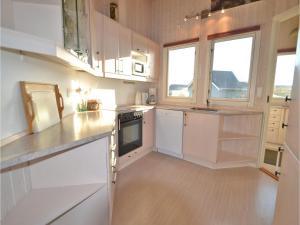 Holiday home Arvidvej Denm, Nyaralók  Bjerregård - big - 14
