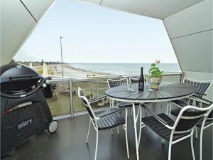 Three-Bedroom Apartment Karrebæksminde with Sea View 03 - Spjellerup