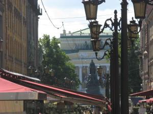 Малая Садовая, Apartmány  Petrohrad - big - 33