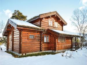 Five-Bedroom Holiday Home in Hovden - Hotel