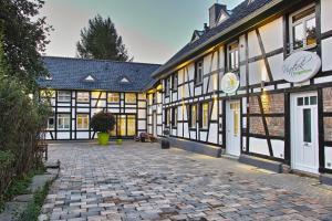 Kragemann Hotel & Vinothek - Dedenborn