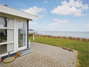 Two-Bedroom Holiday home Vejstrup with Sea View 08, Ferienhäuser  Vejstrup - big - 1