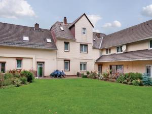 Three-Bedroom Apartment Fürstenberg/Weser with a Fireplace 02 - Höxter