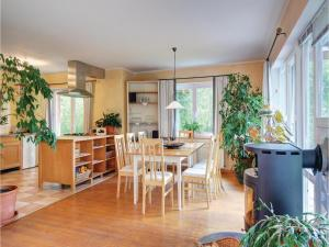 Four-Bedroom Holiday Home in Uslar - Fredelsloh