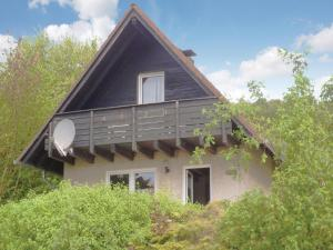Three-Bedroom Holiday Home in Marienmunster - Höxter