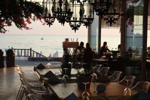 Отель Sunprime Dogan Side Beach, Сиде