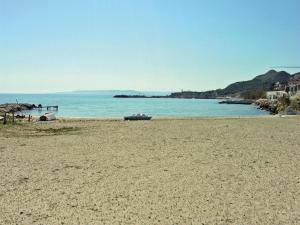 Two-Bedroom Holiday Home in Balchik, Case vacanze  Karvuna - big - 12