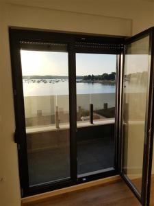obrázek - Brand new apartment with pool with sea view