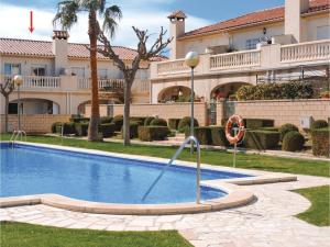 Three-Bedroom Holiday Home in Miami Playa, Holiday homes  Miami Platja - big - 6