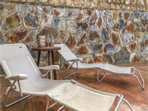 Four-Bedroom Holiday Home in Calafell, Ferienhäuser  Calafell - big - 28