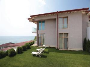 Studio Holiday Home in Golden Sands