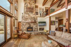 54 Turtle Lake House #135026, Prázdninové domy  Durango - big - 2