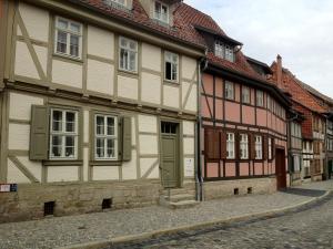 Urlaub im Fachwerk - Klink, Appartamenti  Quedlinburg - big - 27