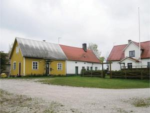 Three-Bedroom Holiday Home in Katthammarsvik, Case vacanze  Katthammarsvik - big - 13