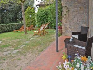Three-Bedroom Holiday home with a Fireplace in Gaiole in Chianti SI, Dovolenkové domy  San Sano - big - 12