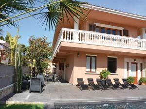 Holiday home Platges de Muro 44, Дома для отпуска  Плайя-де-Муро - big - 2
