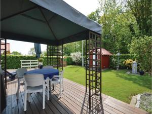 Three-Bedroom Holiday Home in Bjert, Nyaralók  Sønder Bjert - big - 21