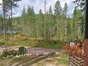 Holiday home Runnsjön Östmark, Дома для отпуска  Mårbacken - big - 23